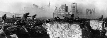 """Výročí """"75"""": Minulost vzdálená i stále blízká – tři generace od konce druhé světové války."""