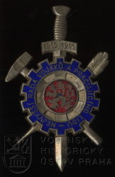 """Pamětní odznak odbojové skupiny """"Nejvyšší rada vojáků a pracujícího lidu"""""""