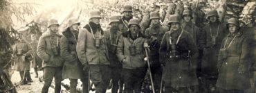 Nebyly elegantní, ale poskytovaly ochranu. Ocelové přilby rakousko-uherských vojáků.