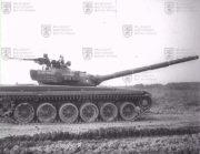 T-72 z boku
