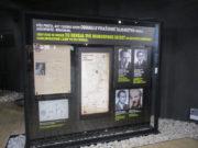 Panel věnovaný slavnému útěku Alfréda Wetzlera a Waltera Rosenberga z koncentračního tábora v Osvětimi-Birkenau na jaře 1944. Wetzler byl před svou deportací vězněn právě v Seredi. FOTO: J. Plachý