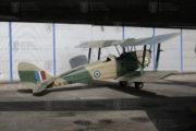 Na letounu De Havilland DH-82 A Tiger Moth absolvoval své první lety mnohý pilot britské RAF