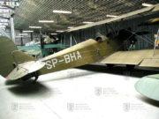 Víceúčelový Polikarpov Po-2 Kukuruznik byl kromě výcviku využíván také jako kurýrní, sanitní i lehký bombardovací letoun