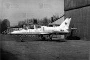 Pátý prototyp XL-39 Albatros krátce po předání do sbírky VHÚ před hangárem Leteckého muzea