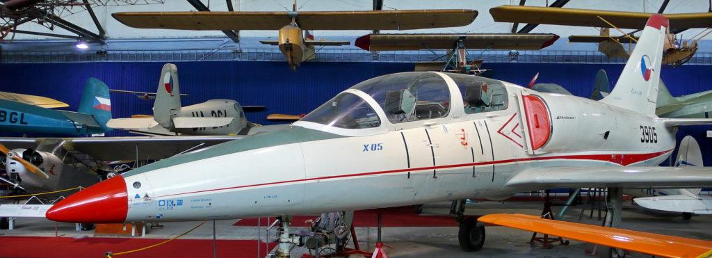 Cvičná vojenská letadla ve sbírce VHÚ: letouny po roce 1945