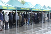 Veteráni ze Zálivu se 25. září sešli na Vítkově, aby zde byli zároveň oceněni Pamětním odznakem k 30. výročí operací Pouštní štít a Pouštní bouře.