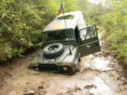 Při patrolách na Balkáně se čeští vojáci potýkali se zrádným terénem a počasím.