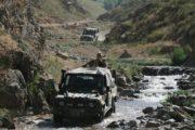 Náročný terén v Afghánistánu představoval velkou zkoušku pro vojáky i techniku.