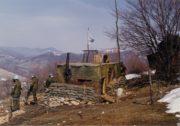 Balkán; naši vojáci na pozorovatelských stanovištích sledovali aktivitu válčících stran.