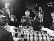 Ministr národní obrany genplk. Miroslav Vacek v pořadu kulatý stůl Československé televize (Prokop Tomek: Armáda na rozcestí)