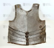 Přední plech husarské zbroje, Polsko, 1. polovina 17. století