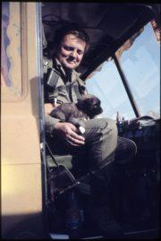 Jindřich Sitta při zahraničním nasazení československých vojáku v Perském Zálivu 1991