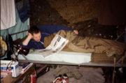 Snímek zachycují všední život během válečného nasazení
