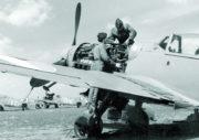 Omezení výroby a hledání náhradní civilní výroby zasáhlo i řady leteckých závodů