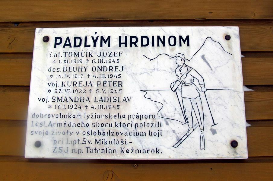"""Váleční """"biatlonisté"""": vojáci na lyžích z praporů generála Svobody"""