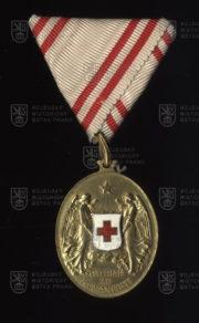 Čestné vyznamenání za zásluhy o Červený kříž, bronzová medaile (avers). FOTO VHÚ.