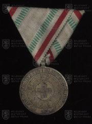 Bulharská Medaile Červeného kříže, 1. stupeň (avers). FOTO VHÚ.