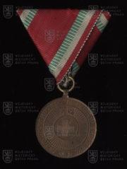 Bulharská Medaile Červeného kříže, 2. stupeň (avers). FOTO VHÚ.