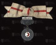Turecká medaile Červeného půlměsíce, 2. stupeň – dámská varianta (avers). FOTO VHÚ.