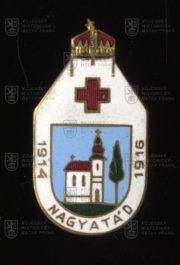Rakousko-uherský čepicový odznak nemocnice Nagyatád. FOTO VHÚ.