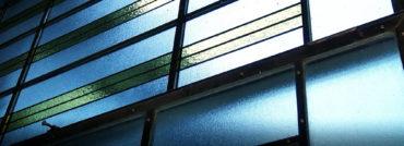 Video zrekonstrukce: nový zadní vstup, sál propuškařskou klenotnici a dvoubarevná mosazná okna