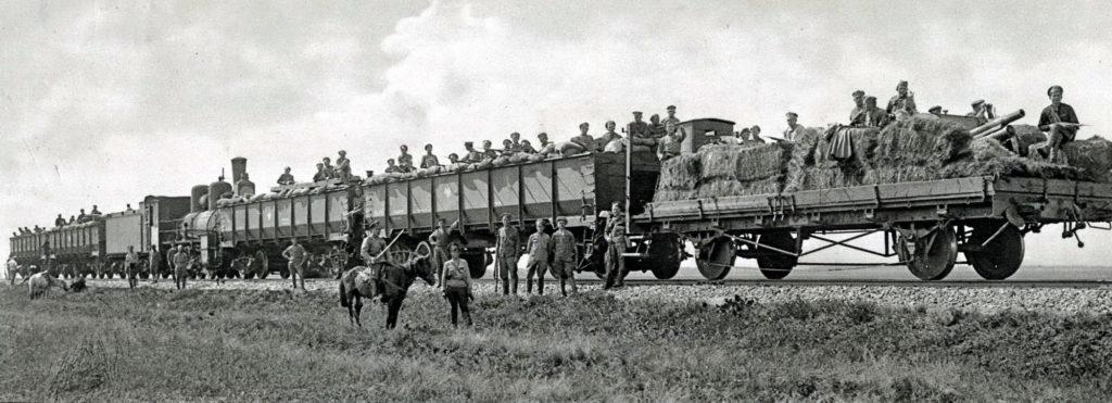 Setkání legionářských obrněných vlaků u stanice Miňjar, léto 1918