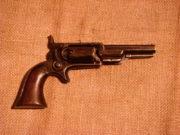 Revolver Colt-Root Pocket 1855, velkou oblibu si nezískal a za výrobu v počtu několika desetitisíců vděčí jen velké poptávce po zbraních za americké občanské války.