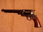 Revolver Starr Army (1863), jednočinný perkusní revolver vznikl vylepšením a zjednodušením předchozí dvojčinné varianty modelu 1858.