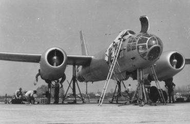 Údržba na proudovém bombardéru Il-28
